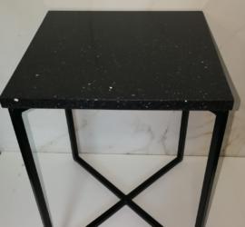 stolik blat granit